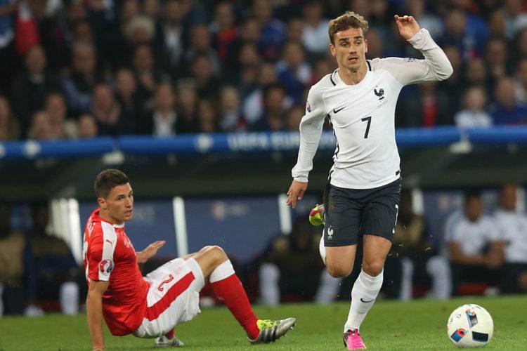 Antoine Griezmann bei der Euro 2016 gegen die Schweiz im Stade Pierre Mauroy am 17.Juni 2016 in Lille. (Marco Iacobucci EPP / Shutterstock.com)