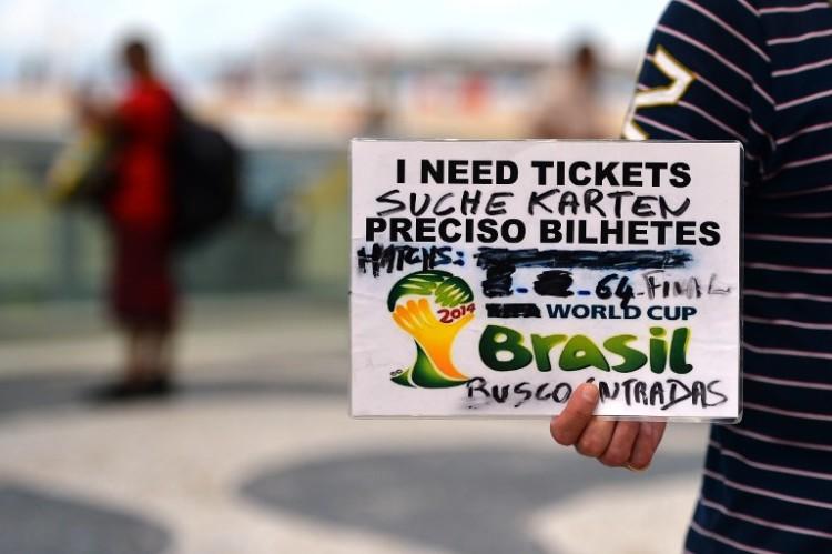 Auch bei der WM 2014 waren die WM-Tickets sehr gefragt! AFP PHOTO / GABRIEL BOUYS