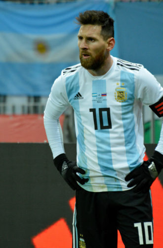 Lionel Messi - Superstar aus Argentinien im neuen WM 2018 Trikot.(Foto Shutterstock)