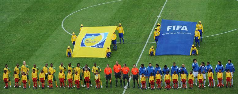 Südafrika bei der Fußballwm 2010 gegen den Irak im WM-Eröffnungsspiel. / AFP PHOTO / VINCENZO PINTO