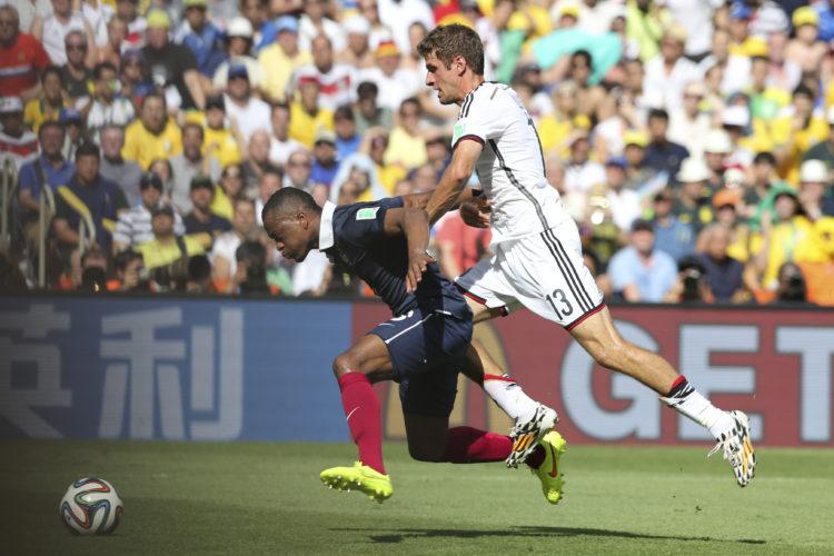 Thomas Müller in Aktion bei der WM 2014. Er hat beim Turnier 2018 die Chance zu einem der besten WM Torschützen der Geschichte zu werden. Photo: AGIF / Shutterstock.com