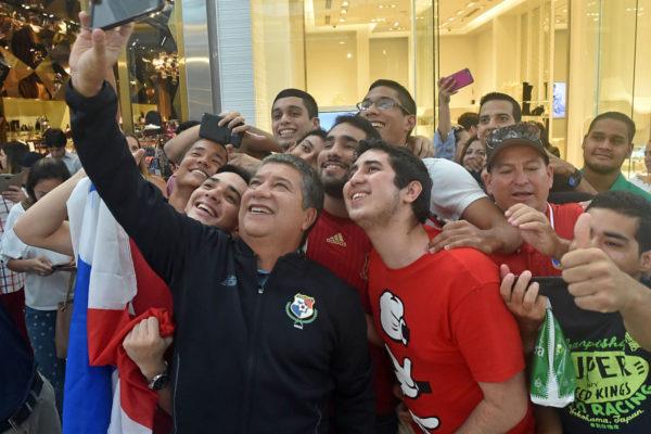 Hernan Dario Gomez Jarillo Trainer Panama. Copyright: AFP.