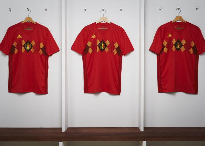 Die neuen adidas Wm Trikots von Belgien in rot.