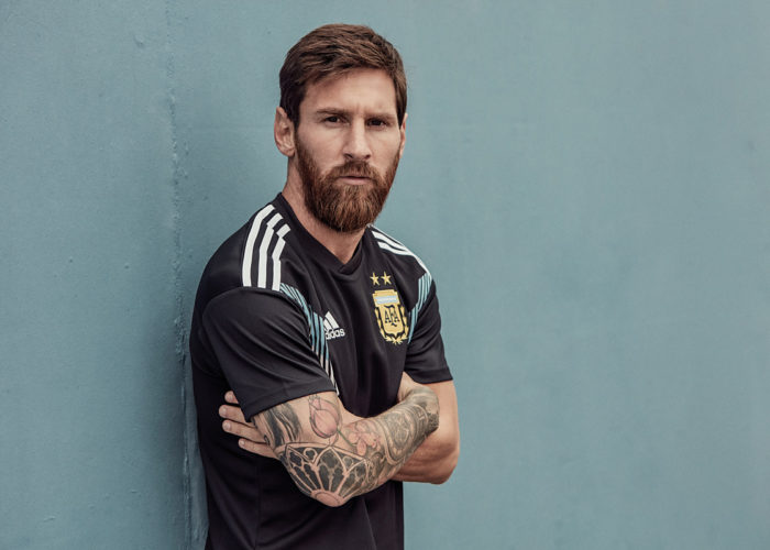 Leo Messi bei deim Photoshooting für das neue Argentinien Away Trikot 2018. Photo: Adidas.