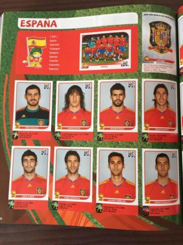 Spanien wurde Weltmeister, hier die spanischen Nationalspieler im Panini Heft 2010.