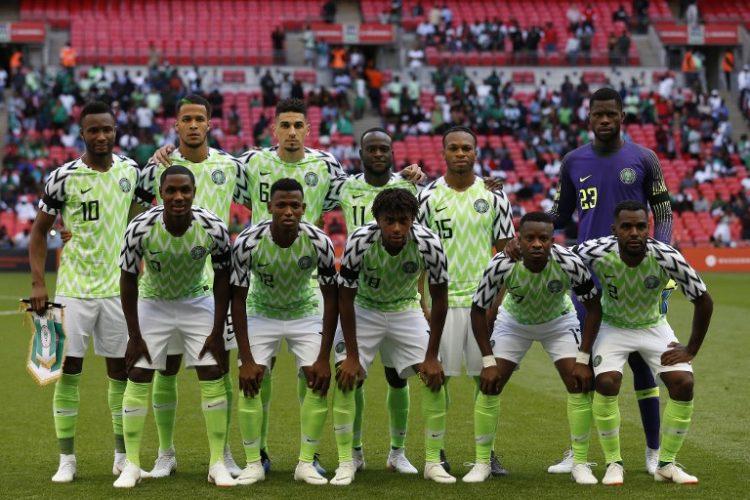 Die Aufstellung von Nigeria bei der Fußball Wm 2018 im neuen WM Trikot 2018. (Foto aFP)