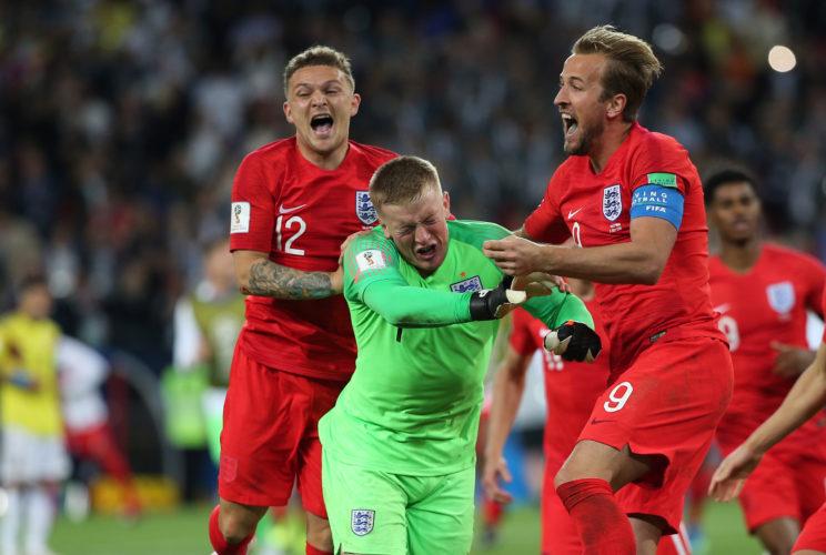 Die Three Lions jubeln nach dem Elfmeter-Krimi im Achtelfinale gegen Kolumbien! (Marco Iacobucci EPP / Shutterstock)